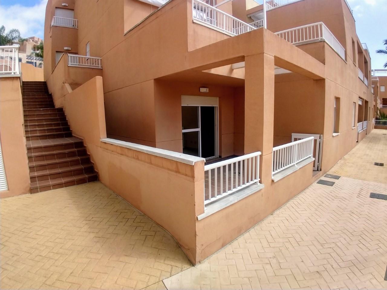 mp1149-Large new ground floor apartment.